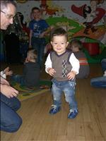 Vojtíšek na párty :-) 14 měsíců korigovaně