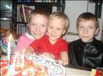 Eva - 3 roky (se sourozenci)
